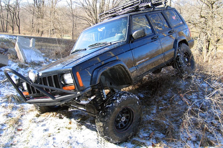 Rough Country Jeep Cherokee Suspension Lift Kit