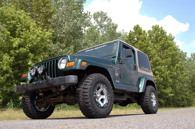 Home U003e Jeep Wrangler TJ/LJ (97 06) U003e Lift Kits And Suspension U003e 2.5IN JEEP  SUSPENSION LIFT KIT | NO SHOCKS | 6CLY